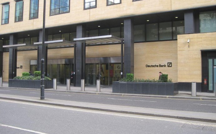 Deutsche Bank Investment Banking Analyst Salaries | Glassdoor