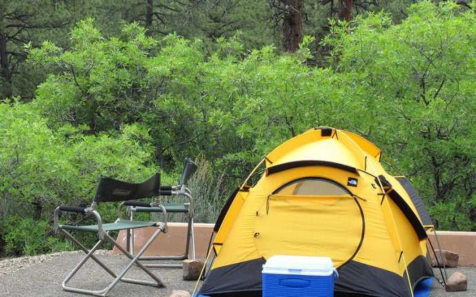 Returning to Devils Canyon camp
